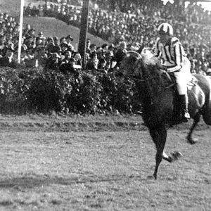 הרוזנת הצ'כית שניצחה במירוץ סוסים את ה-SS הנאצי
