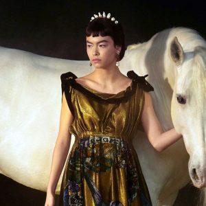 סוסים באופנה: קולקציית אביב-קיץ 2021 של כריסטיאן דיור